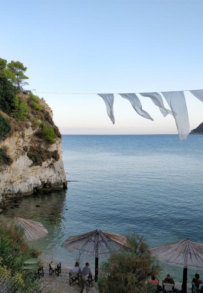 Zakinthosin Agios Sostisin ja Cameo Islandin rannalla on hieno tunnelma.