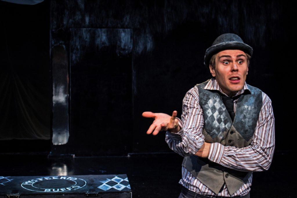 Mysteerio Buffo, Teatteri Kollektiivi.